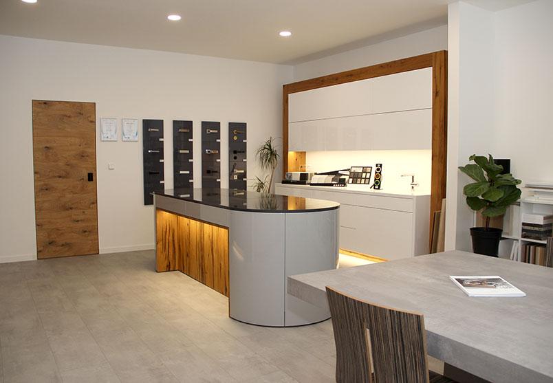 showroom Bustehrad